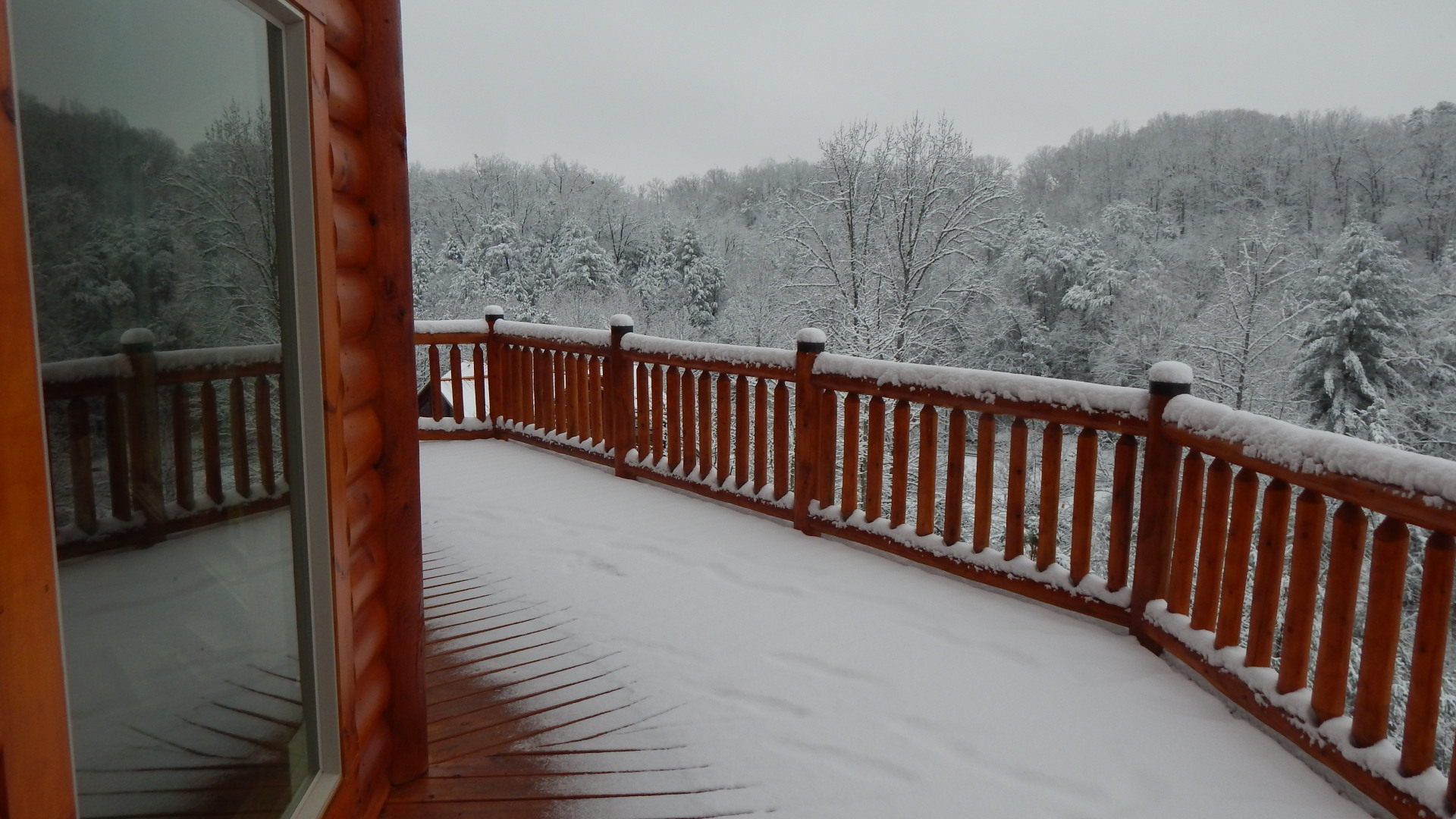 Winter at Ridge View Lodge vacation cabin