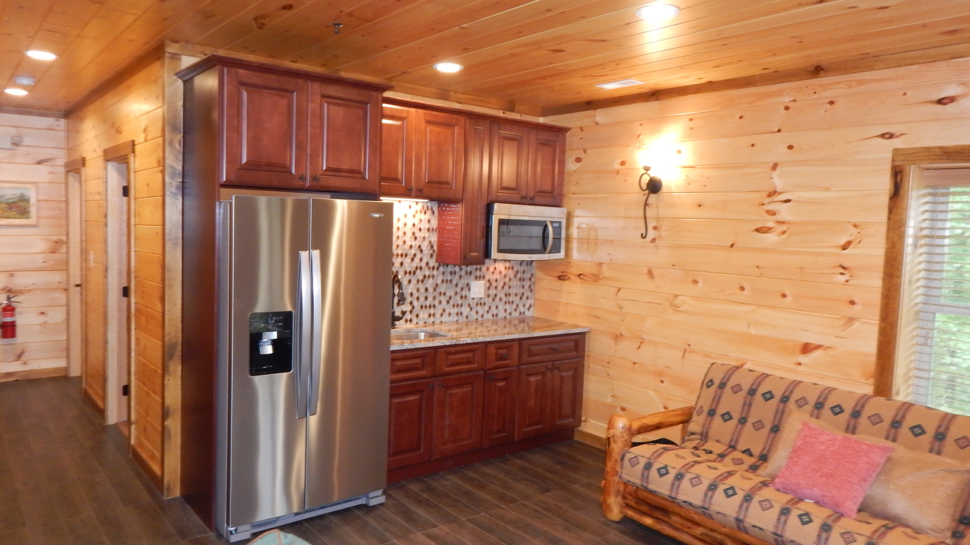 Cabin with two kitchens in the smoky mountains