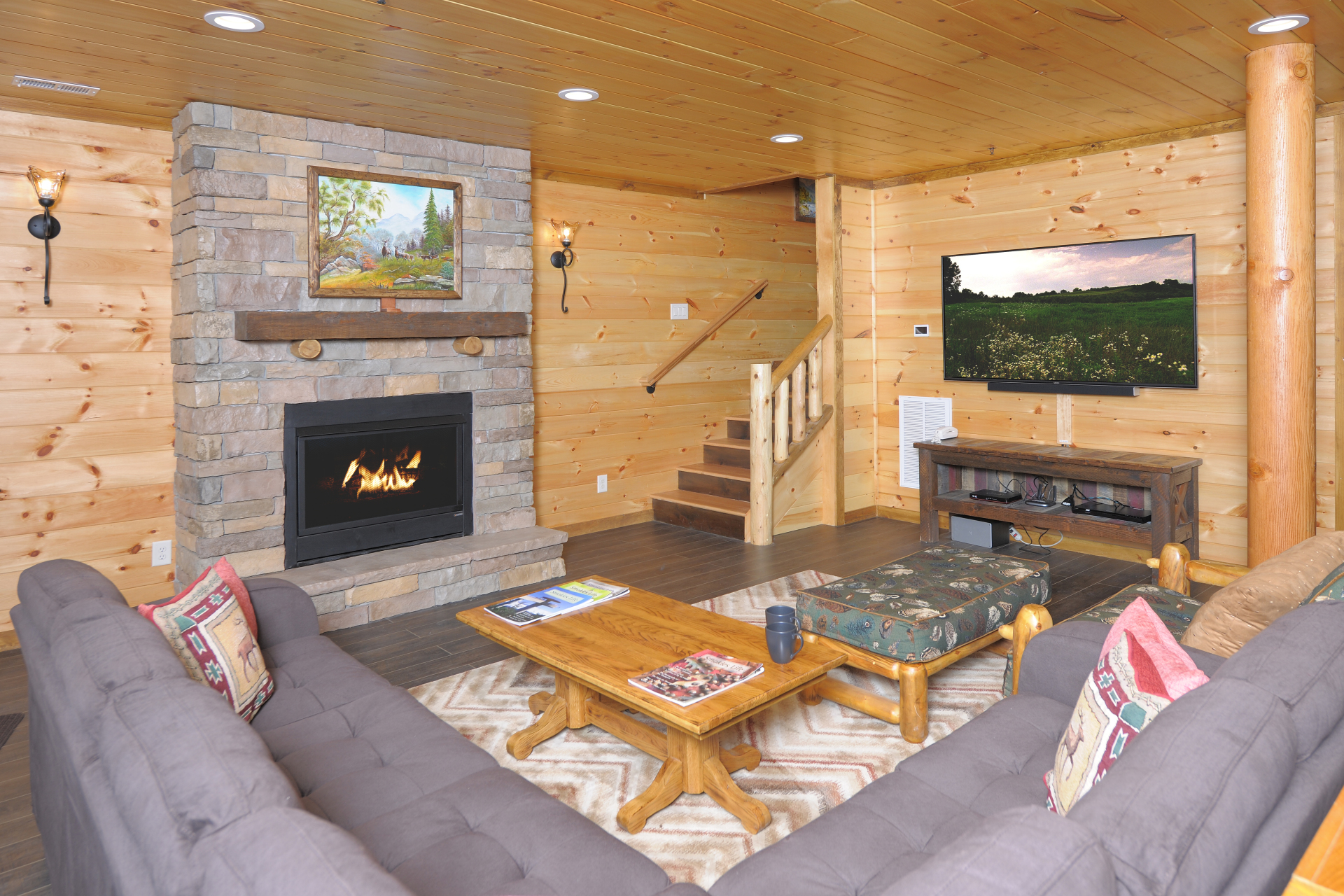 Smoky Mountains Cabin with mancave fireplace  Big screen, arcade and foosball