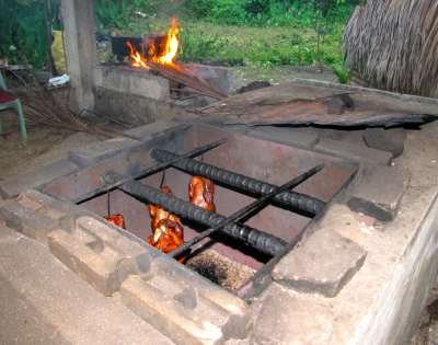 The best Lechon Manok cooking technique is by using a brick oven.