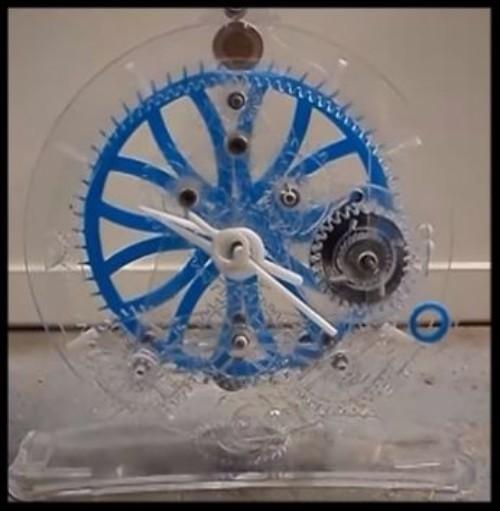 Clock made using Gearotic