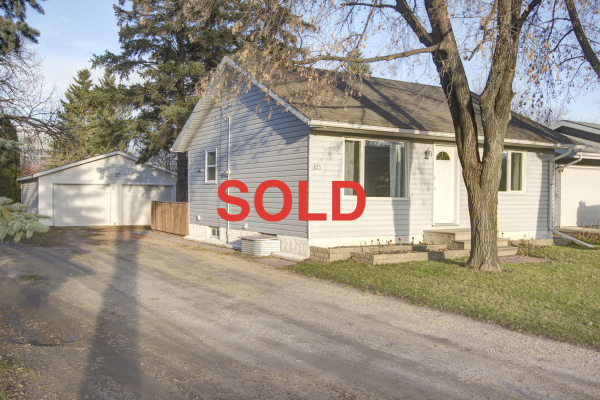 Steinbach, 325 Second Street, julie loupin, julie, element realty, element, element lisitngs