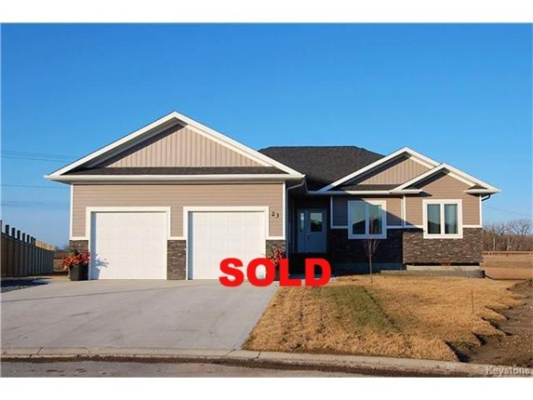 Monica Kessler, Element Realty, 23 Denby Cove, Niverville