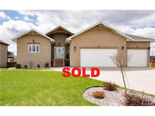 Monica Kessler, Niverville, Highlands, Element Realty, 407 St. George Place