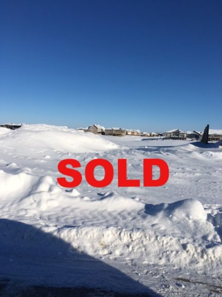 Monica Kessler, Element Realty, Niverville lots, Niverville land