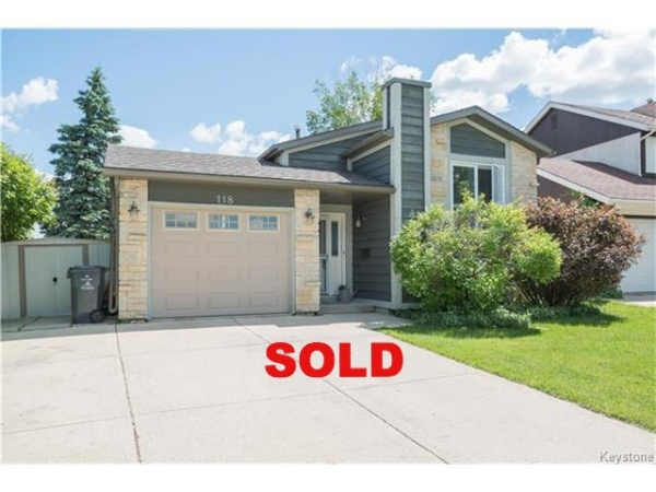 Monica Manaigre, Element Realty, River Park South, 118 Charing Cross Cres