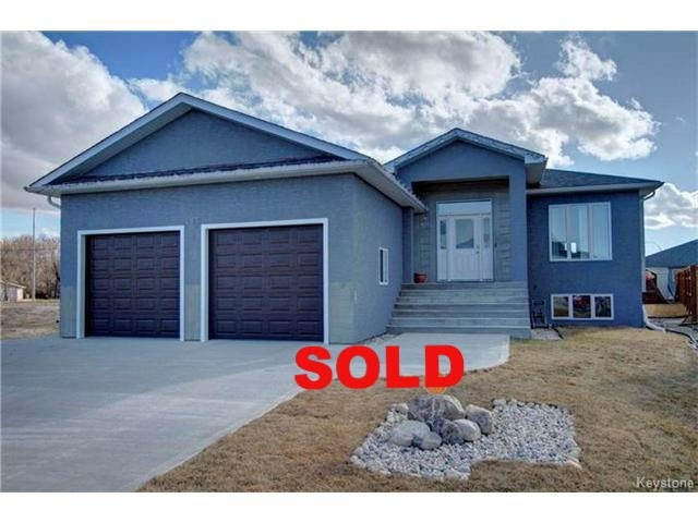 Julie Loupin, Element Realty, Steinbach, 145 Grandview Drive