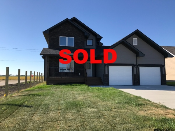 Monica Kessler, Element Realty, 57 Wyndham, Niverville, Von Riese Homes