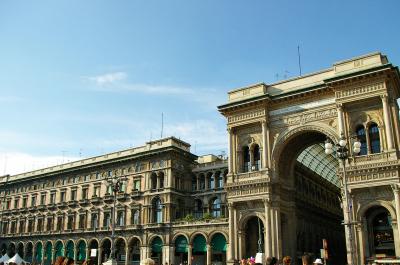 NY to Italy $900 Round Trip
