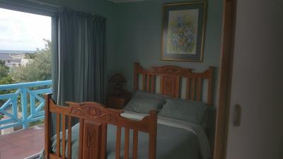 Seagulls Nest Top Bedroom 1