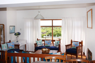 Struisbaai-Seagulls-Seasong-Lounge