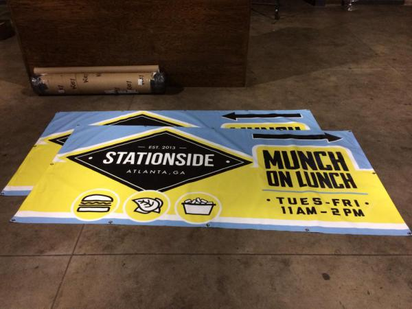 Munch on Lunch - Stationside Signage