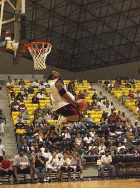 Jason Miller playing in the NBA Summer League in Long Beach, CA