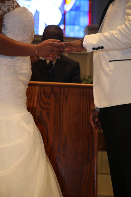 Exchange of rings Mike & Chioma