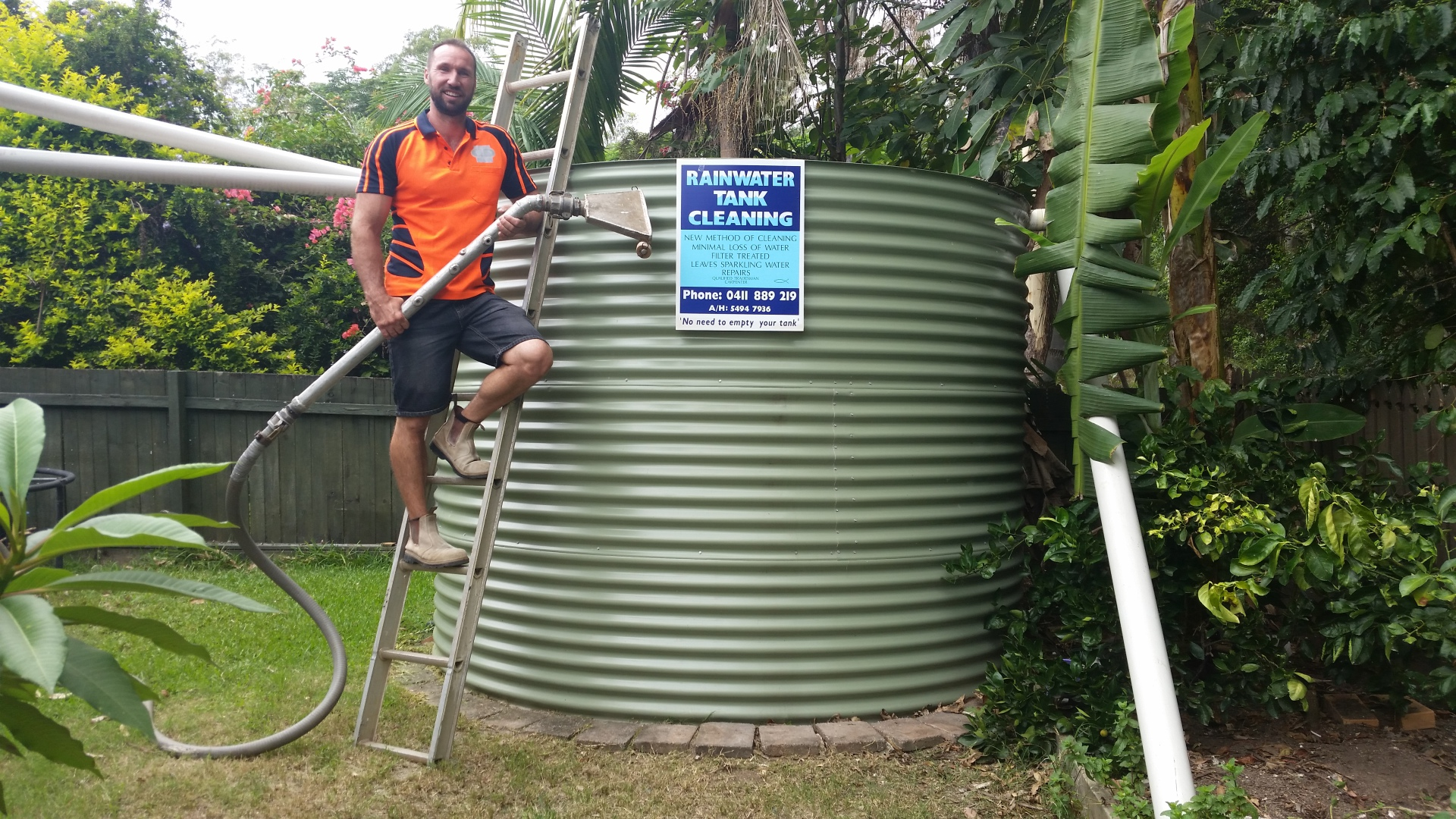 water tank cleaner sunshine coast