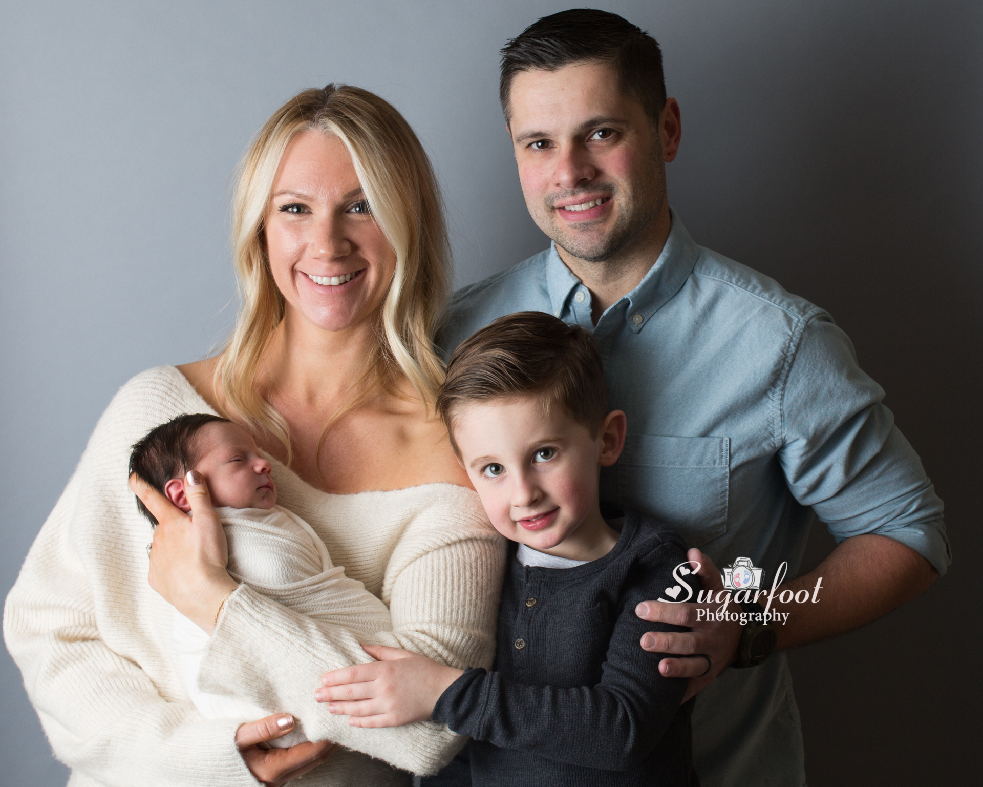 st louis maternity photographer newborn photographer