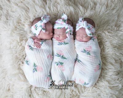 Triplet_girls_St._Louis_Belleville_Fairview_Heights_Newborn_Photographer_Sugarfoot_Photography