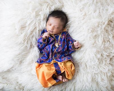 Custom Newborn Session
