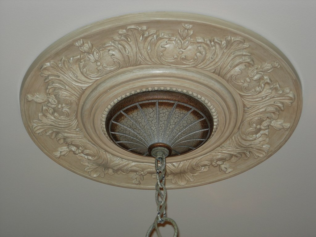 painted, glazed ceiling medallion, youngsville, fabulous finishes by michelle