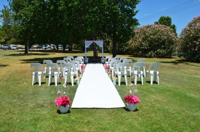 Wedding setting in Park