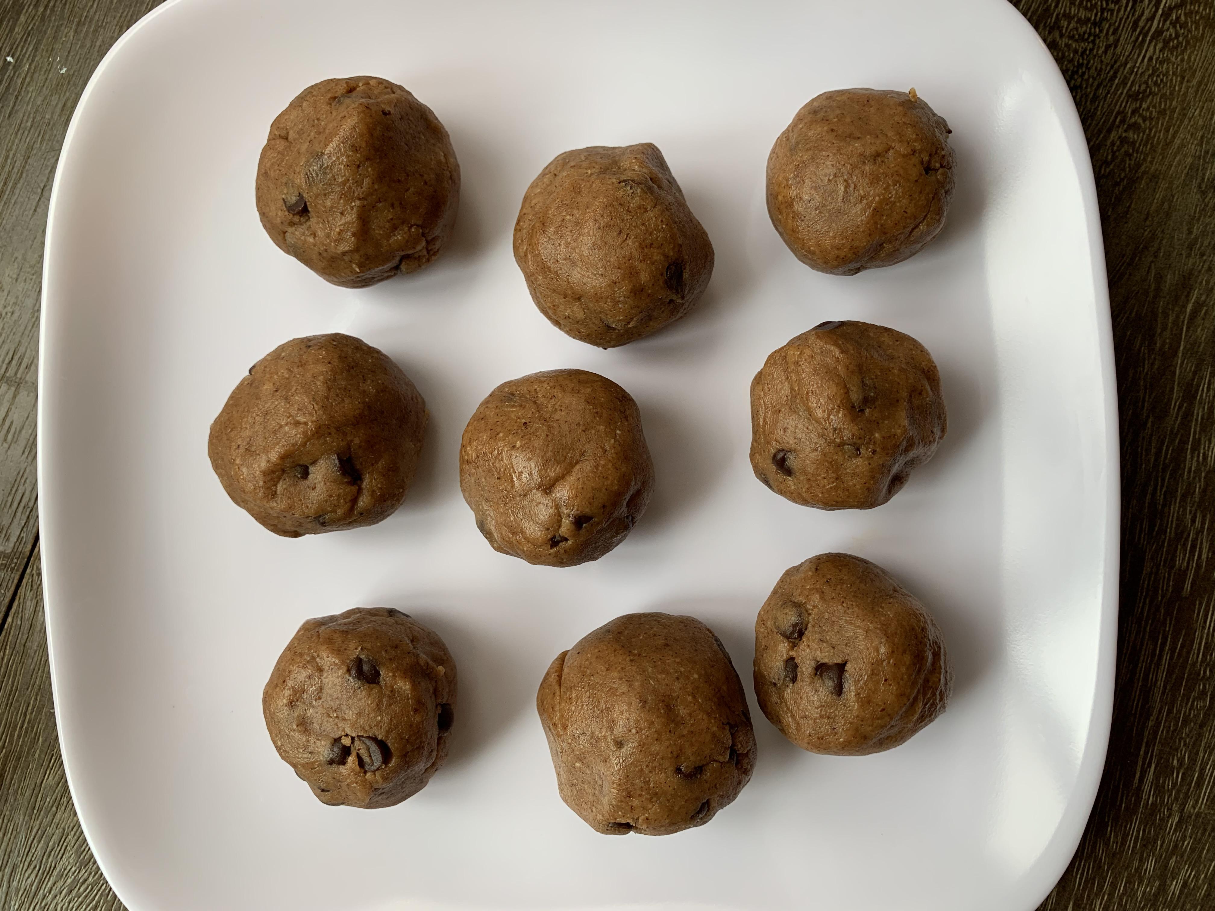 Recipe: Simple Almond Butter Protein Balls
