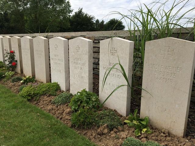 Awoignt British Cemetery