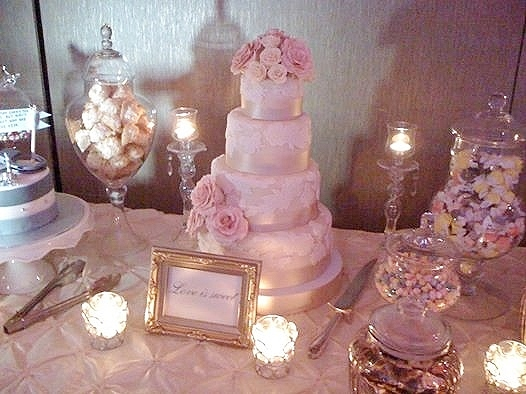 5 tier floral and lace wedding cake