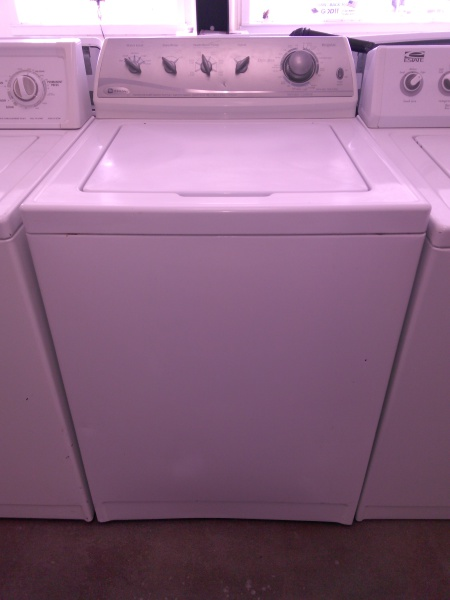 MAYTAG WASHER $300.99