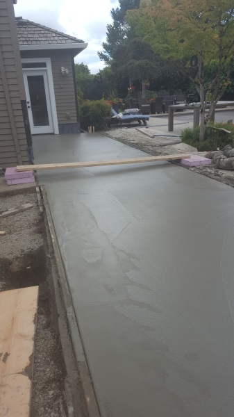 Finishing stamped concrete