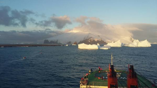 Marine sampling at Candlemas and Southern Thule in the South Sandwich Islands