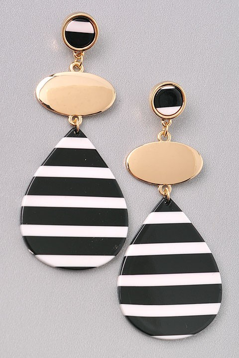 EARRINGS  $15