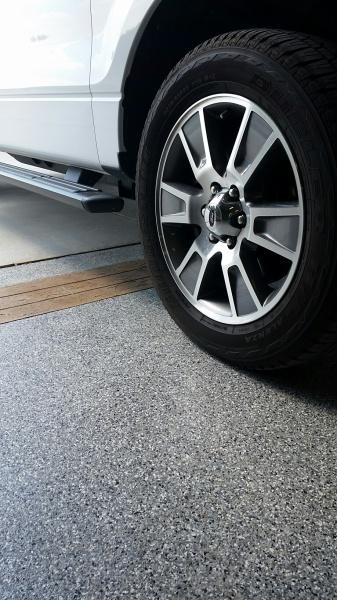 Epoxy Garage Floor with Wood Effect Border