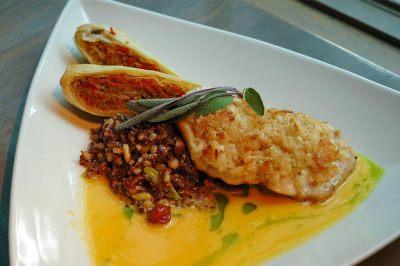 cuisine, Three Birds, Lakewood
