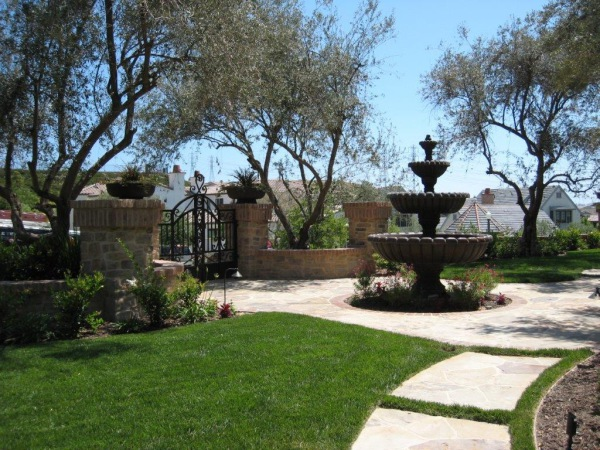 Water Feature, Front Yard Landscaping