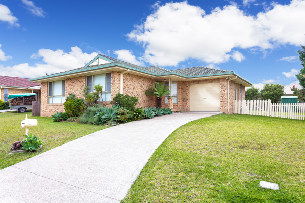 SOLD - 13 Robusta Parade, TAREE