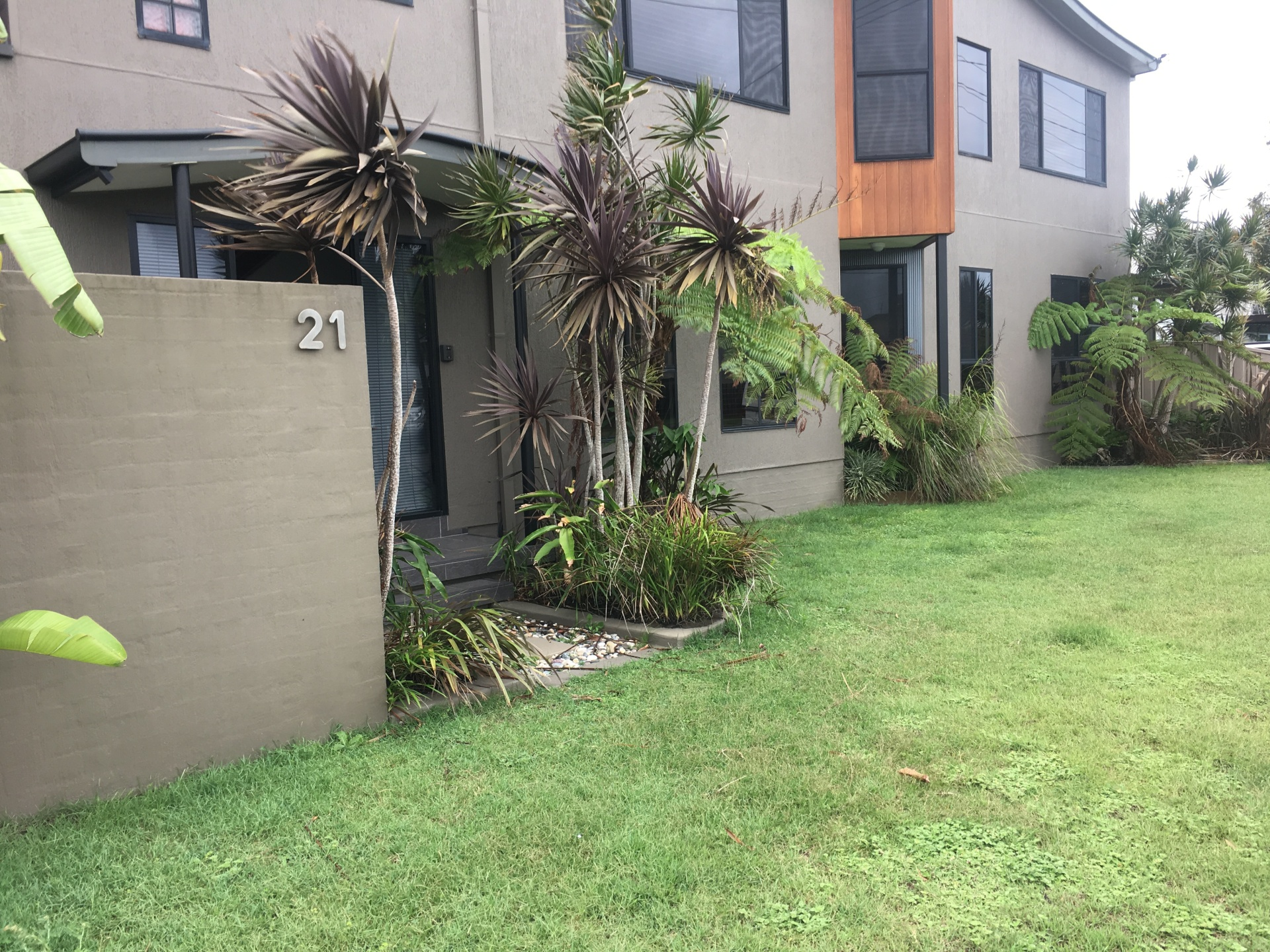 FOR LEASE - $440PW