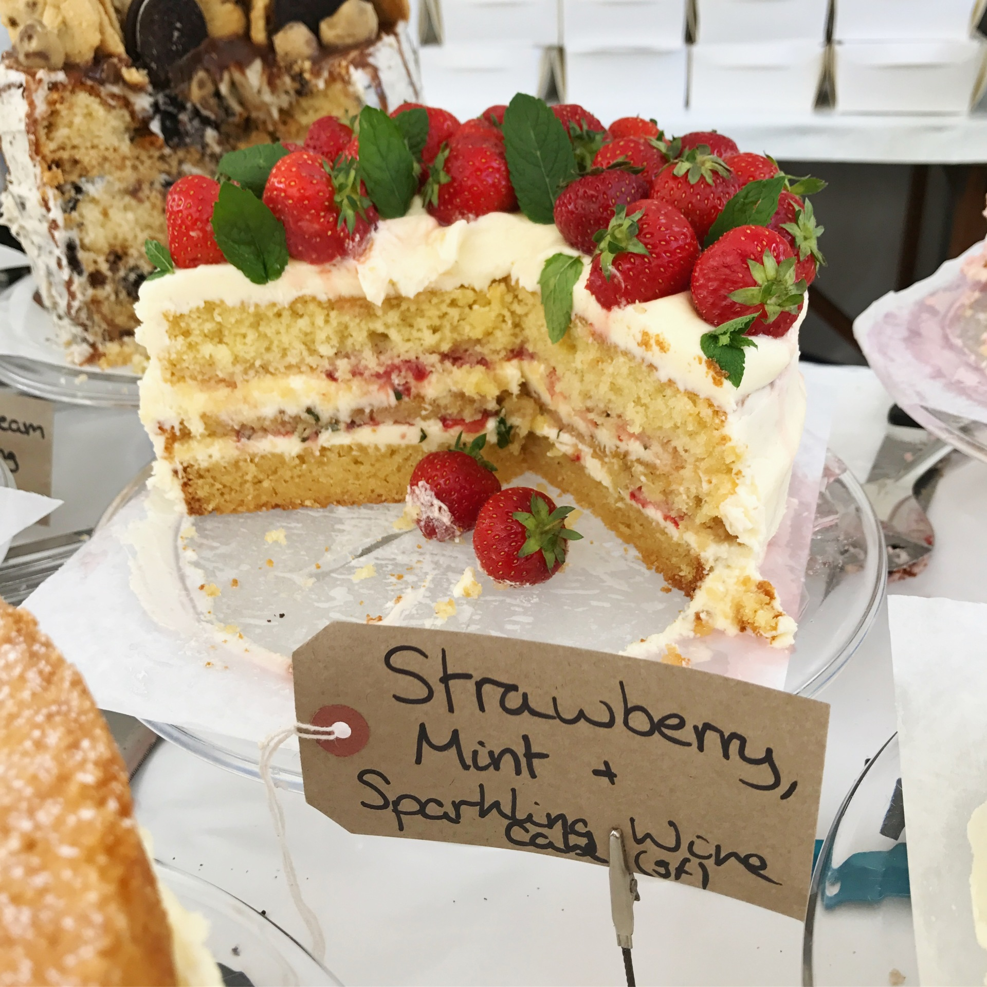 Strawberry, Mint and Sparkling Wine Cake