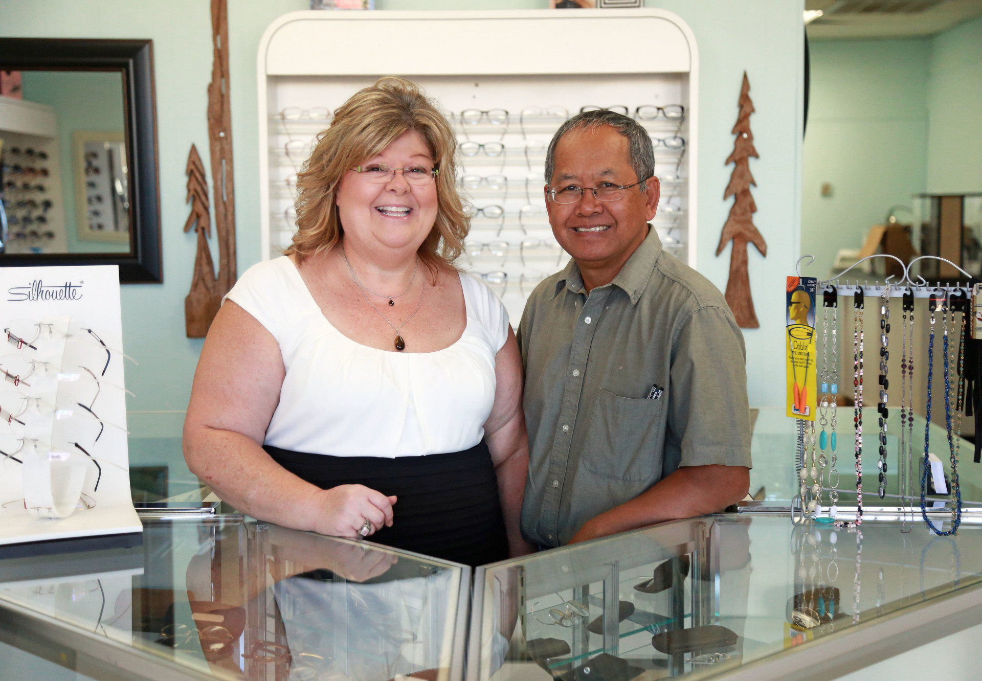 Spectacular Visions and V: Optical Laboratory Owners