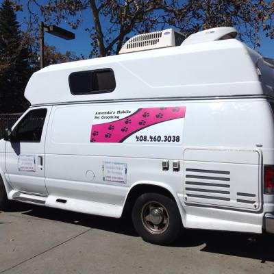 Mobile pet grooming van with Onan RV Generator
