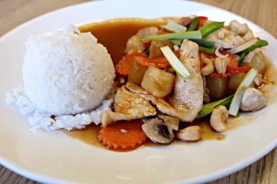 L.4 Chicken Cashew