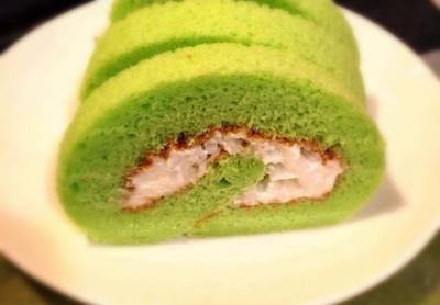 Coconut Roll Cake $5.50