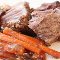 Mesquite Roast with Carrots