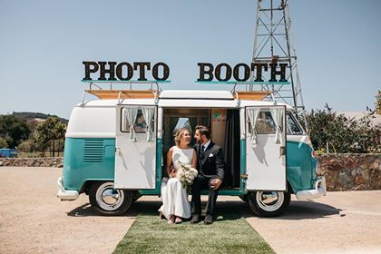 #thewhitebarnednavalley #mcanallymoments #photobooth #vwphotoboothbus #slo #sloweddings