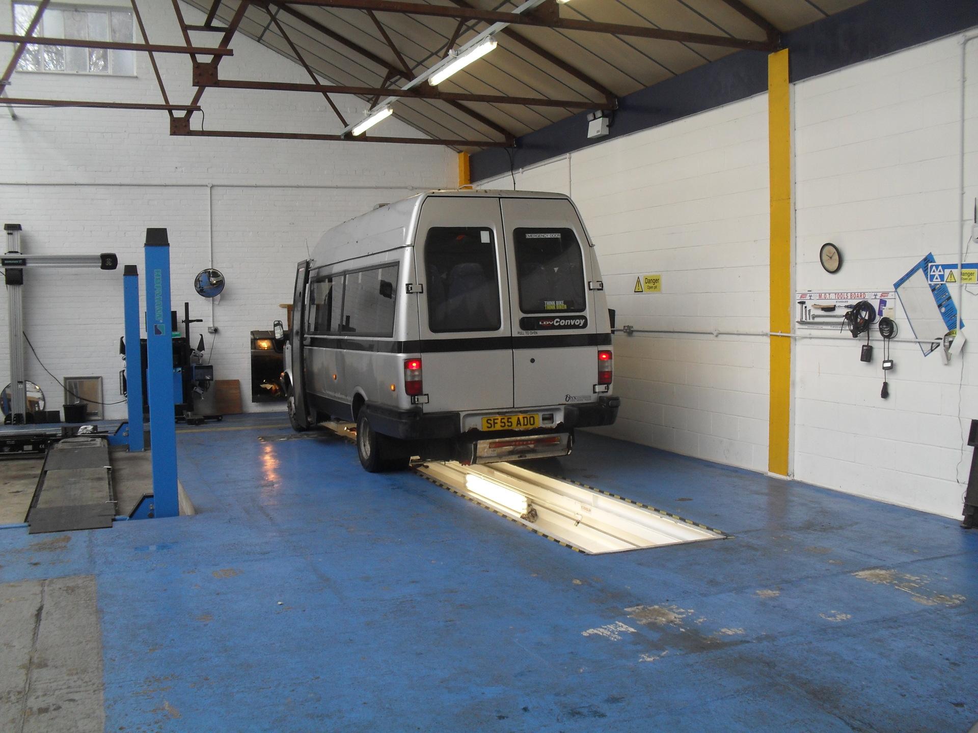 About TA Lingard Motors Berkhampsted Garage