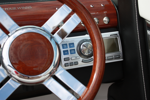 Alpine Marine Stereo - 2014 Four Winns 240