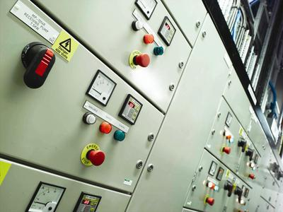 electrical engineering, MCC, Motor Starter, Switchgear, Oil, Gas, Chemical, Petrochemical