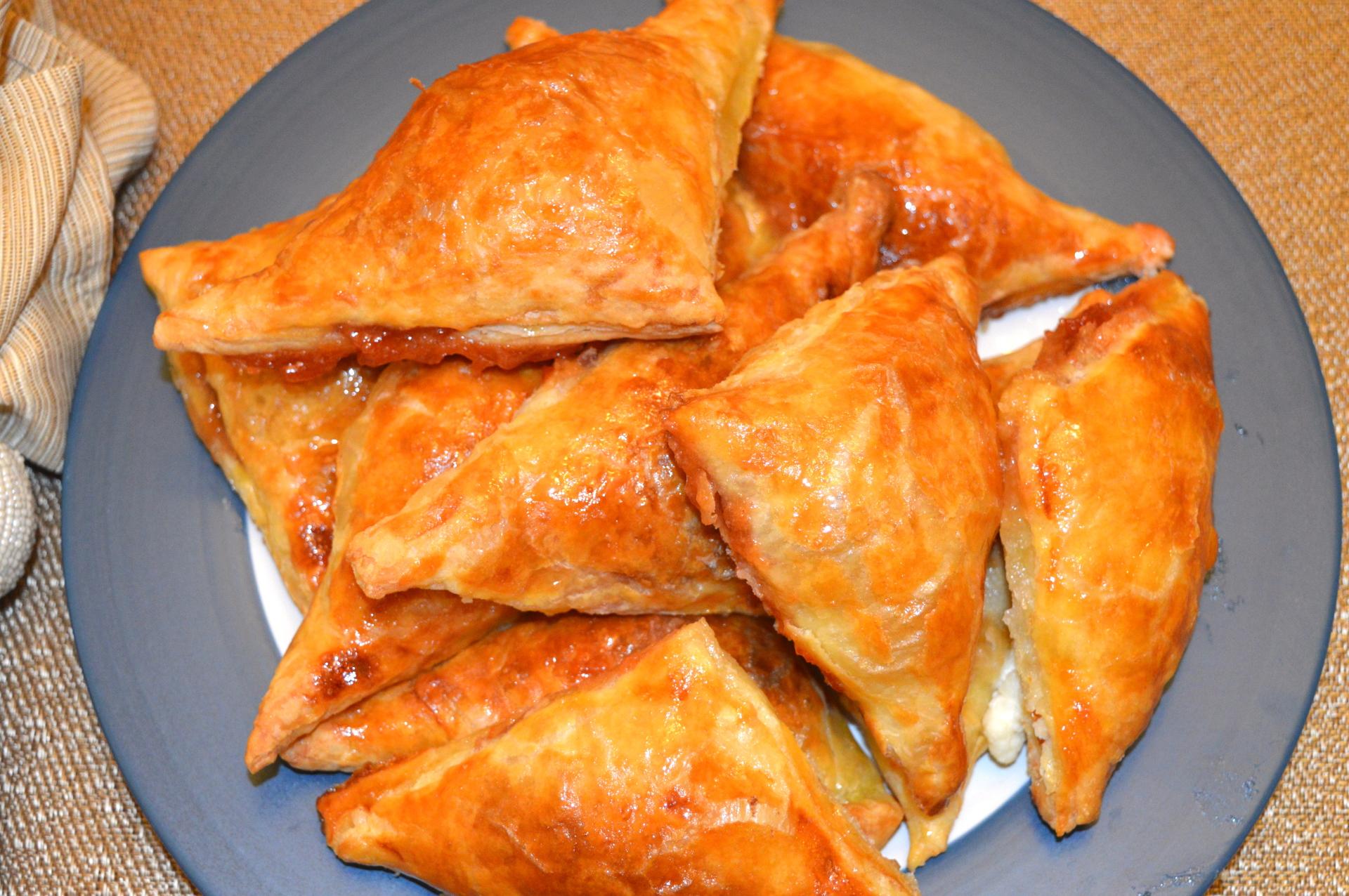 Pasteles de guava y queso