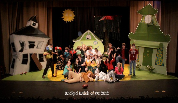 The cast of WICKED WITCH OF OZ 2012