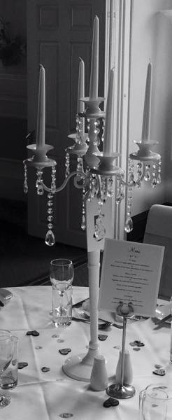 Black & white picture of Candelabra - Ham Manor