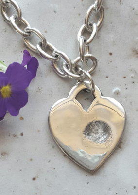 Taking prints for fingerprint jewellery